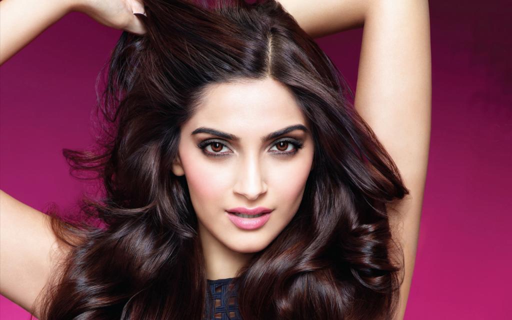 Sonam Kapoor Beauty Tips And Fitness Secrets   StylesAtLife