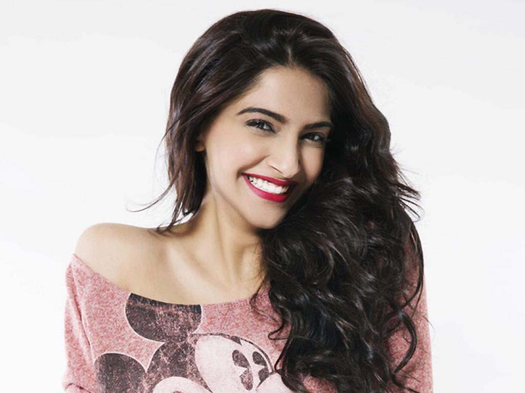 Sonam Kapoor, Celebrity Diets And Work Outs On Pinterest