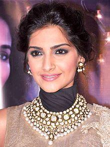Sonam Kapoor - Wikipedia