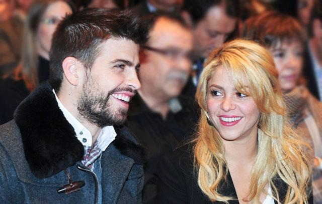 Spotted: Shakira And Gerard In Their Audi Q7   Celebrity Cars Blog