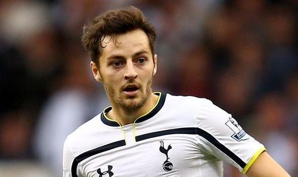 Spurs Great Wants To See Midfield Star Playing For Another 10 Years