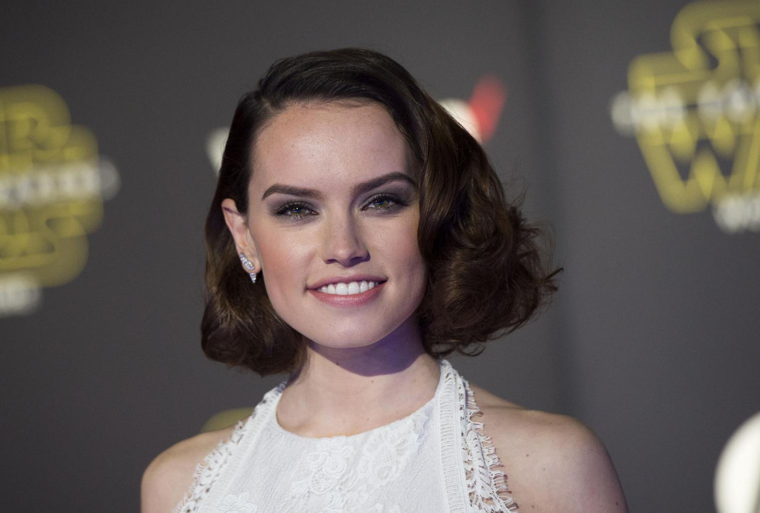 Star Wars: The Force Awakens' Daisy Ridley Lends Voice T