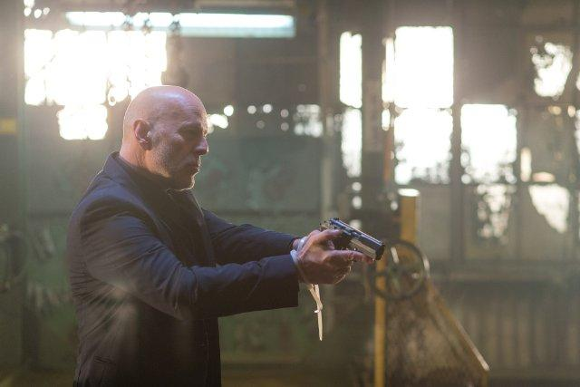 Still of Bruce Willis in Extraction (2015)