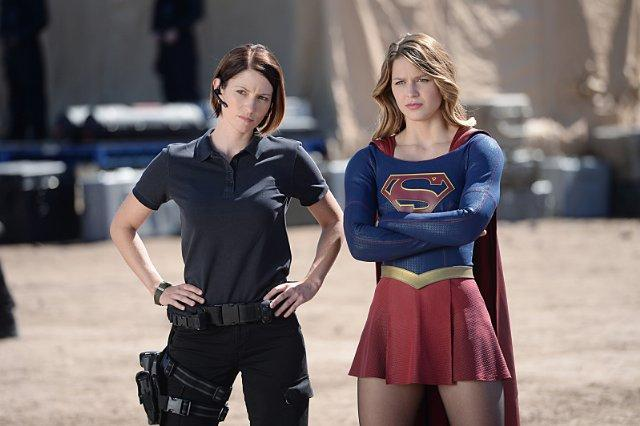 Still of Chyler Leigh and Melissa Benoist in Supergirl (2015