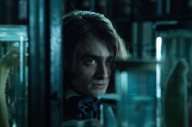 Still of Daniel Radcliffe in Victor Frankenstein (2015)