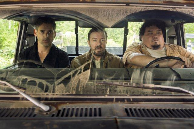 Still of Eric Bana, Ricky Gervais and Pedro Miguel Arce in S