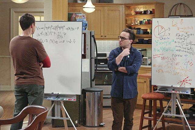 Still of Johnny Galecki and Jim Parsons in The Big Bang Theo