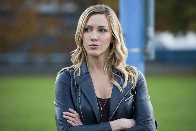 Still of Katie Cassidy in Arrow (2012)