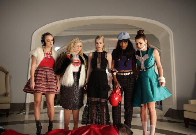 Still of Lea Michele, Emma Roberts, Abigail Breslin, Keke Pa