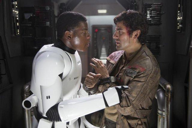 Still of Oscar Isaac and John Boyega in Star Wars: The Force