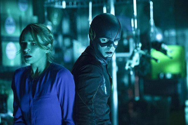 Still of Shantel VanSanten and Grant Gustin in The Flash (20