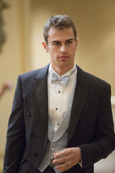 Still of Theo James in The Benefactor (2015)