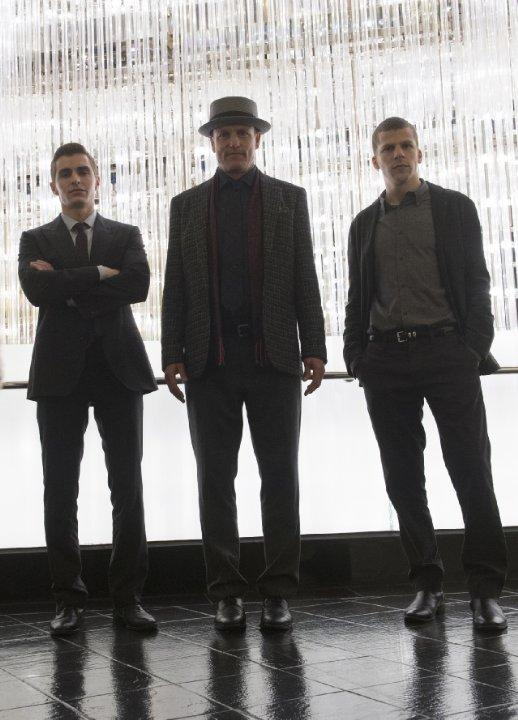 Still of Woody Harrelson, Jesse Eisenberg and Dave Franco in