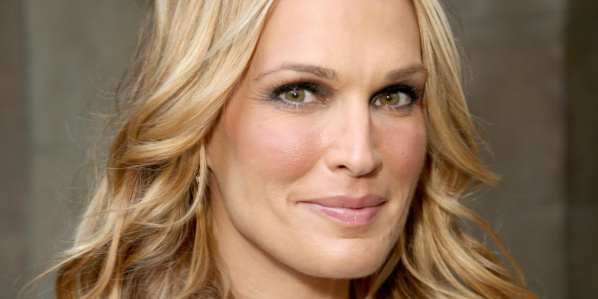Supermodel Molly Sims Talks Old-Fashioned, Southern Parenting Values