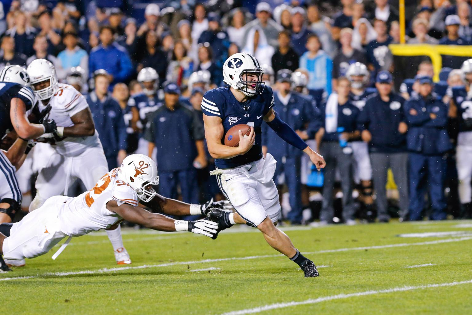 Taysom Hill, BYU Run Past Texas In Huge Bounce-back Win - Loyal Cougars