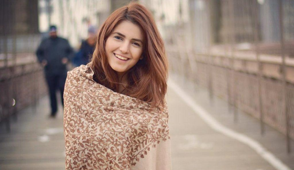 These Females Are Not So Impressed With Momina Mustehsan - GlamFeed