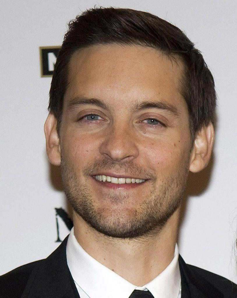 Tobey Maguire 2016: Dating, Smoking, Origin, Tattoos & Body - Taddlr