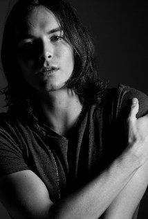 Tyler Blackburn - IMDb