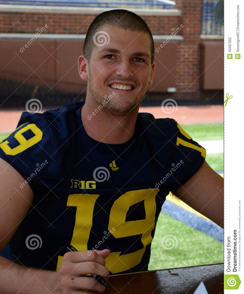 UM Football Player 19 Wilton Speight Editorial Photography - Image