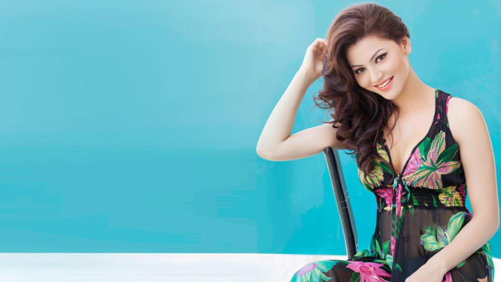 Urvashi Rautela HD Wallpaper - Movies Point Break