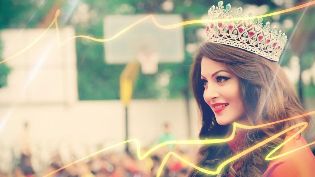 Urvashi Rautela Wallpapers, Images And Pics In HD