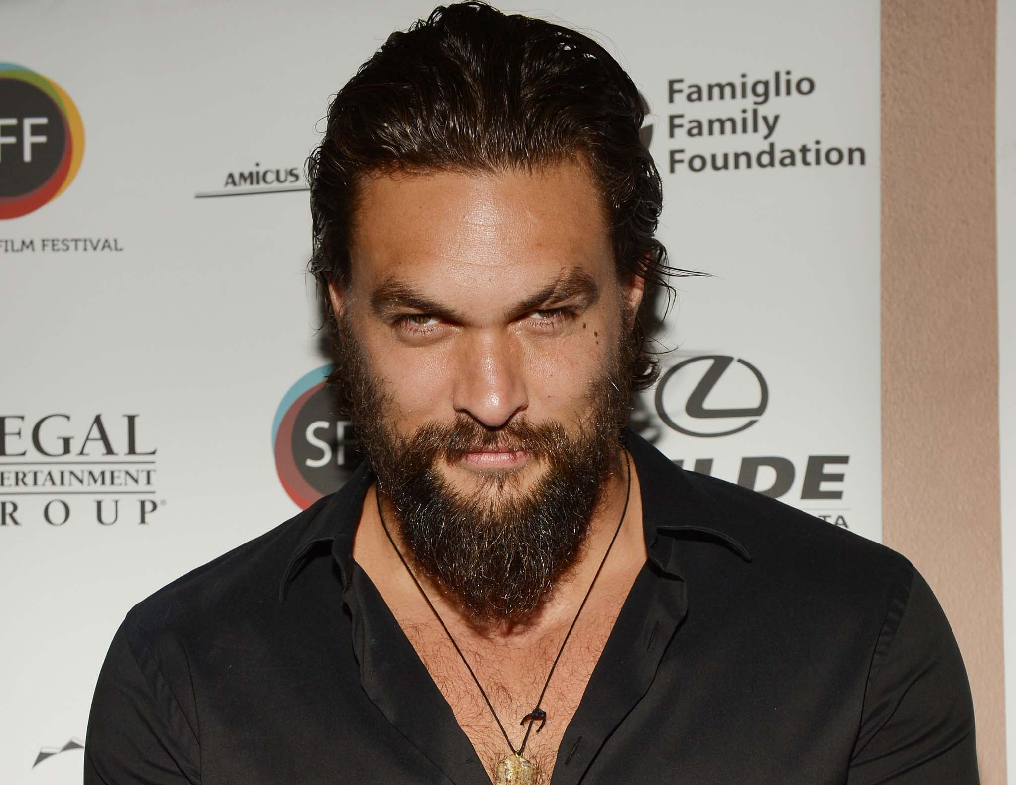 Watch Game Of Thrones Star Jason Momoa Perform A Haka For His