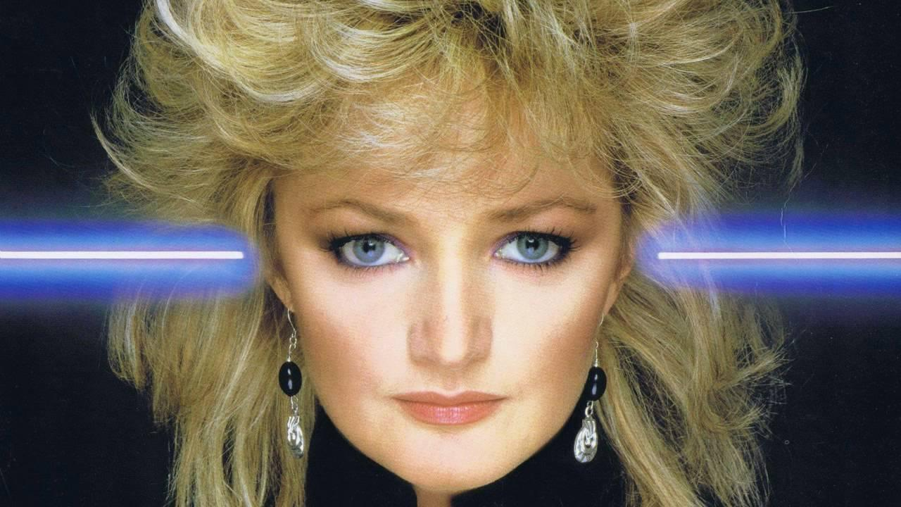 "What It's Actually Like To Karaoke Bonnie Tyler's ""Total Eclipse Of"