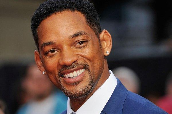 Will Smith Proves He's A Superhero On And Off Screen - The Express