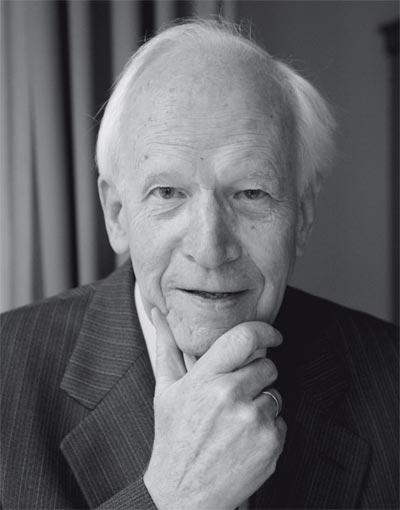 Ernst Nolte Photos and Wallpapers