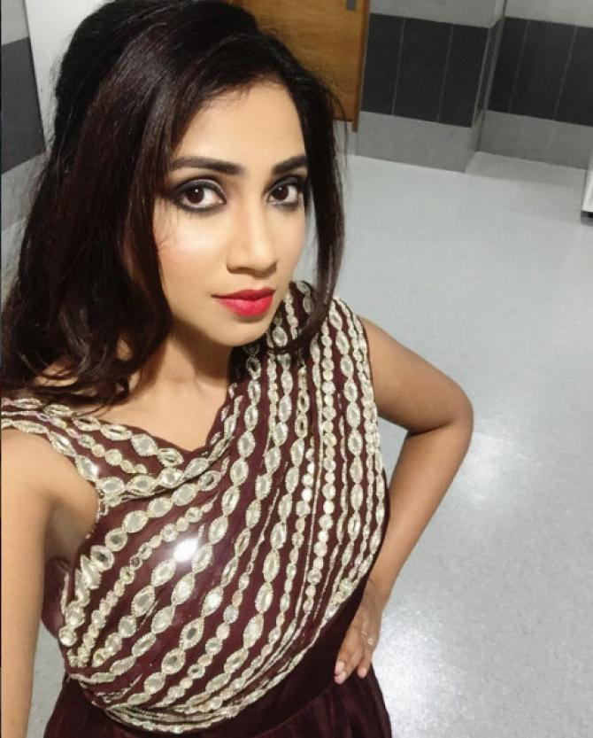 From Lovers To Soulmates Awwdorable Love Story Of Shreya Ghoshal