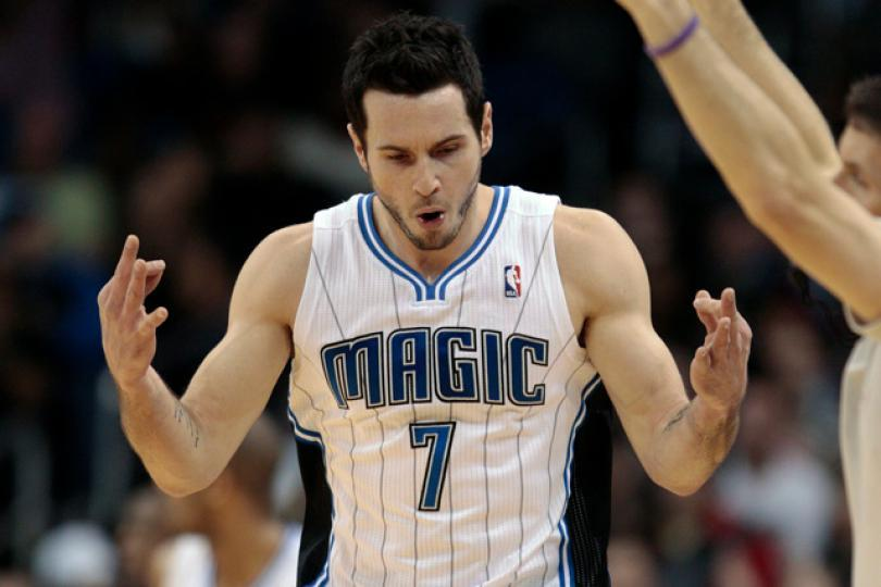 76ers Guard JJ Redick Refers To Chinese Fans As 'Chink' - Carbonated.TV