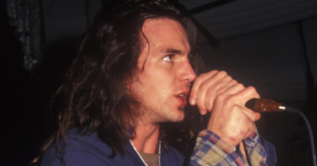 Eddie Vedder: Pearl Jam Lead Singer 'Better Man' In 1989 - Rolling Stone