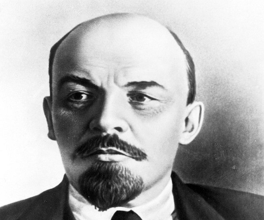 Vladimir Lenin Biography - Childhood, Life Achievements & Timeline