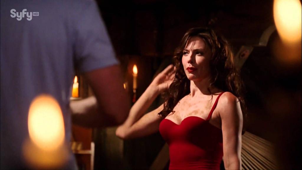 Krista Allen On Smallville In 1080 - YouTube