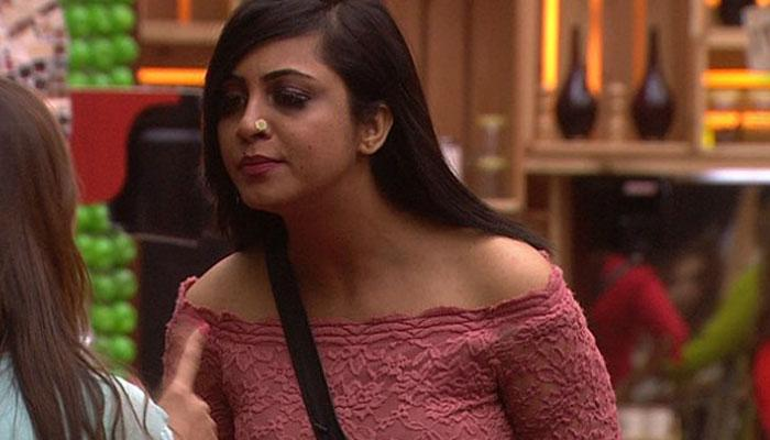 Marriage To Criminal Charges Bigg Boss 11 Fame Arshi Khan Hiding