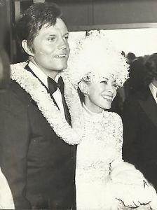 JACK LORD WIFE MARIE De NARDE Orig Photo By OMNIA PRESS 1972