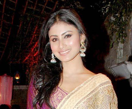 Mouni Roy Height, Weight, Age, Boyfriend, Family, Biography & More