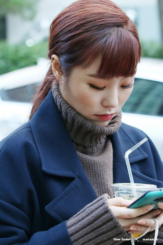 5 Photos Of MAMAMOOs Wheein That Will Make You Buy A Turtleneck