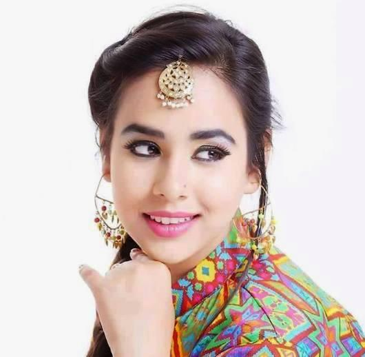 Sunanda Sharma Singer Height Weight Age Affairs Biography