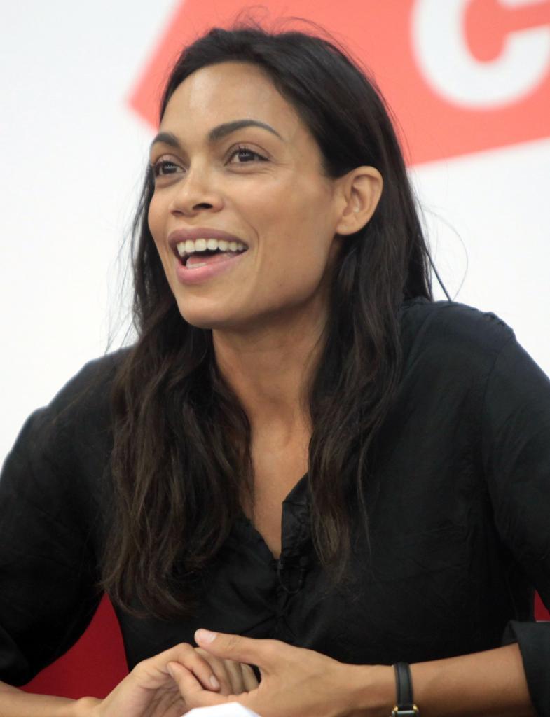 Rosario Dawson - Wikipedia