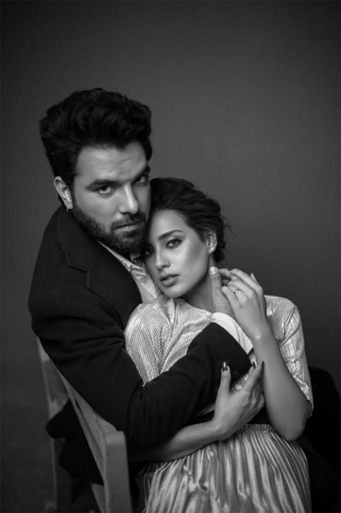 Iqra Aziz And Yasir Hussain Just Did A Steamy Photoshoot