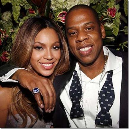 Hot Celebrity Couples in 2010  Amazingg Arts