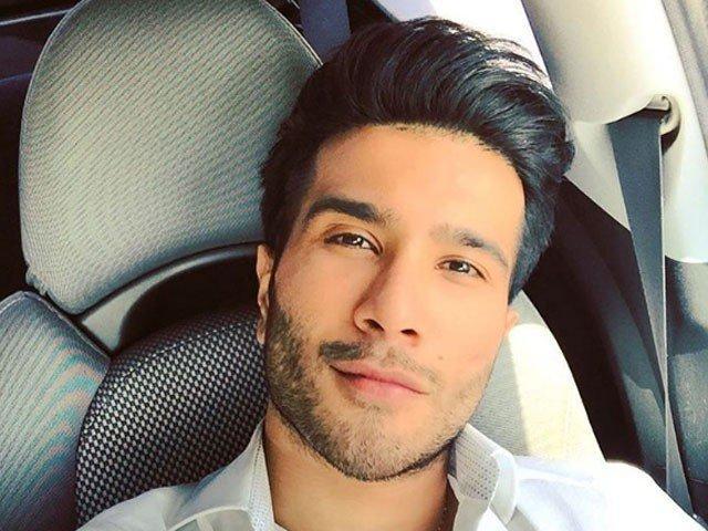 Feroze Khan Perfectly Shuts Down Instagram Followers Over