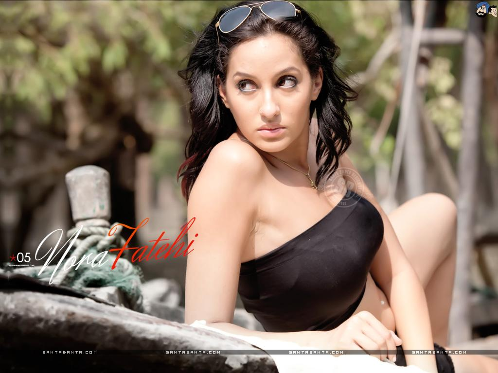Hot Bollywood Heroines Actresses HD Wallpapers I Indian Models