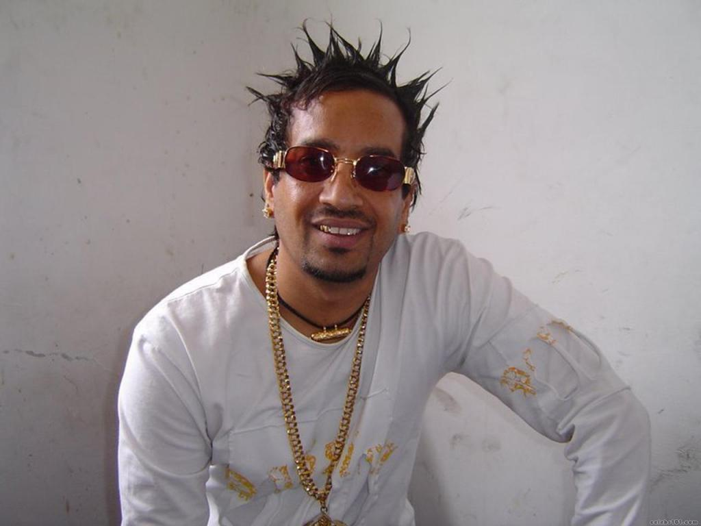 Life Story Music Career Of Jazzy B The Crown Prince Of Bhangra