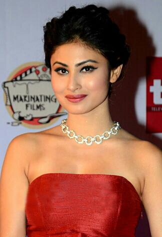 Mouni Roy - Wikipedia