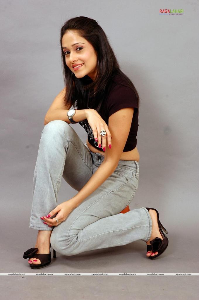 Nushrat Bharuchas Feet WikiFeet