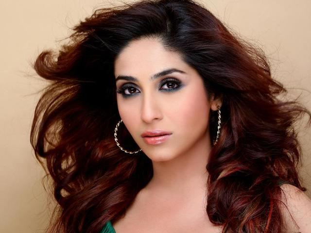 Singer Neha Bhasin Marries Beau Sameer In Italy Music Hindustan