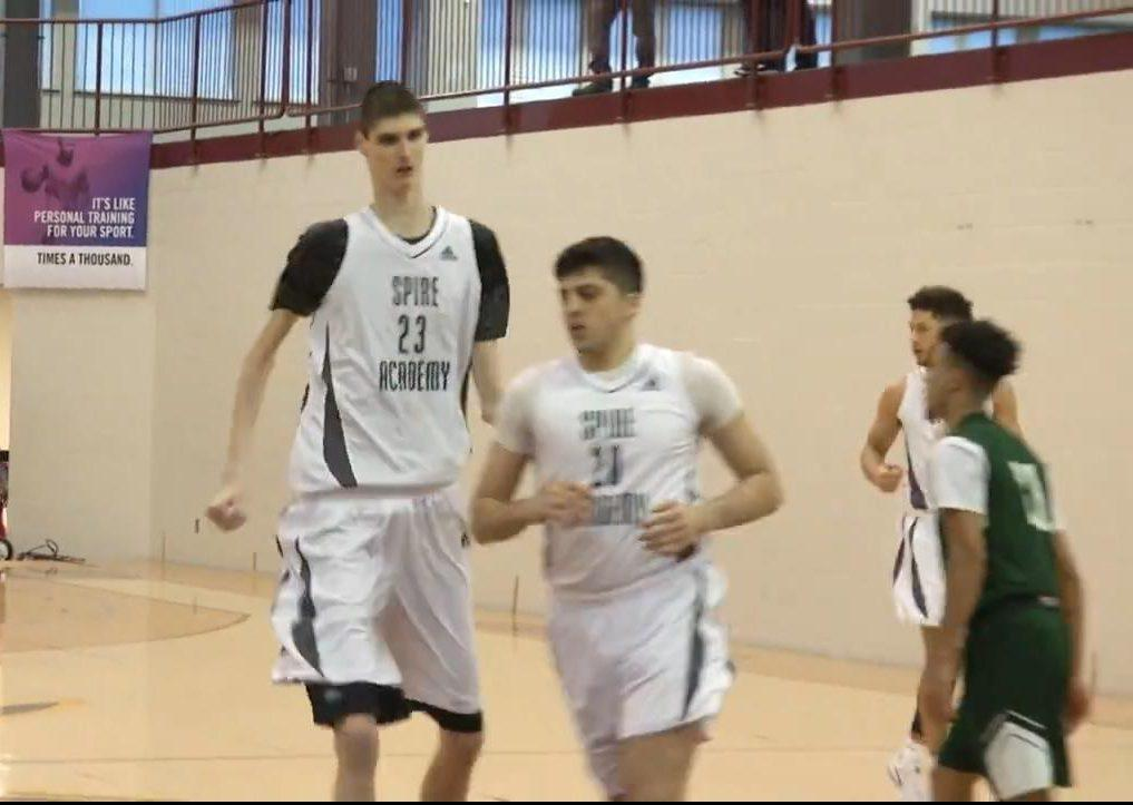 The Inside Story Of Robert Bobroczky The 7ft 7in 16yearold